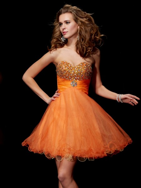 A-Line/Princess Strapless Beading Short Organza Homecoming Dress