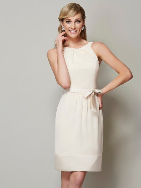 Sheath/Column Scoop Short Chiffon Bridesmaid Dress