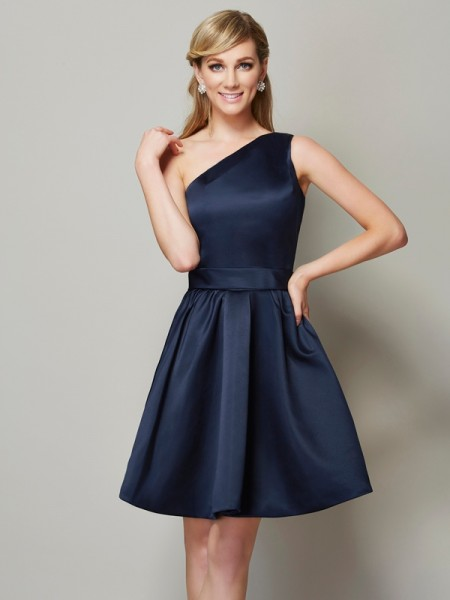 A-Line/Princess One-Shoulder Short Satin Bridesmaid Dress