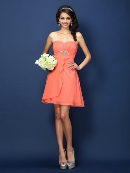 A-Line/Princess Sweetheart Beading Short Chiffon Bridesmaid Dress