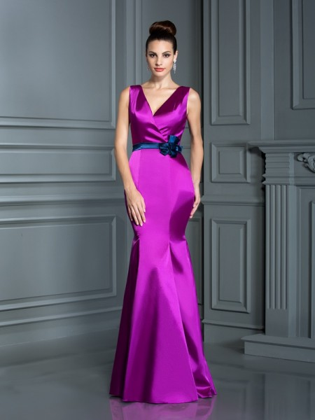 Trumpet/Mermaid V-neck Long Elastic Woven Satin Bridesmaid Dress