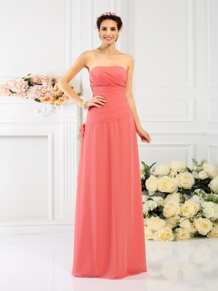 Sheath/Column Strapless Bridesmaid Dress with Long Chiffon