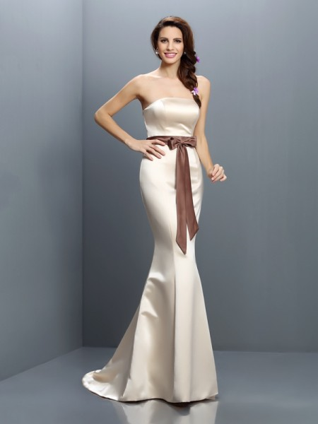 Trumpet/Mermaid Strapless Sash/Ribbon/Belt Long Satin Bridesmaid Dress