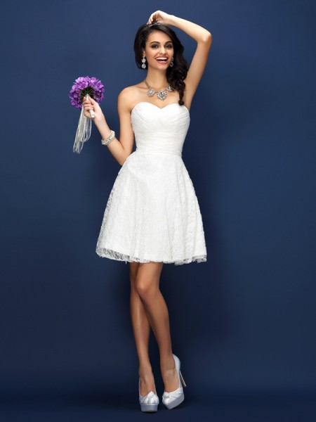 A-Line/Princess Sweetheart Lace Pleats Short Satin Bridesmaid Dress