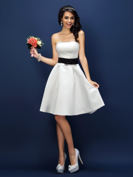 A-Line/Princess Strapless Sash/Ribbon/Belt Short Satin Bridesmaid Dress