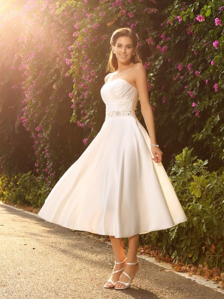 A-Line/Princess Sweetheart Beading Short Satin Wedding Dress