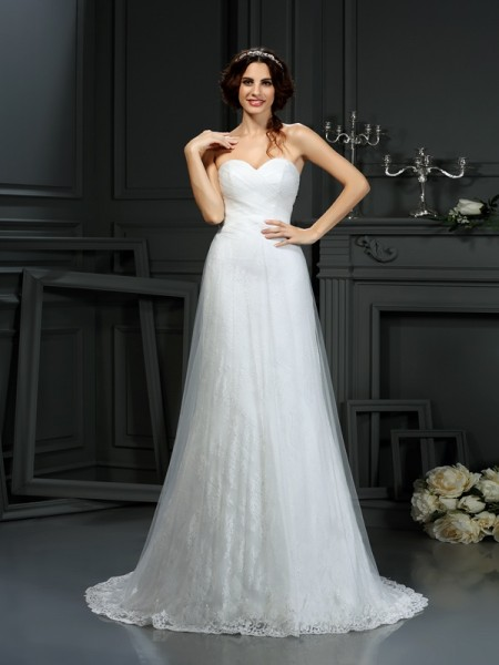 A-Line/Princess Sweetheart Pleats Long Net Wedding Dress