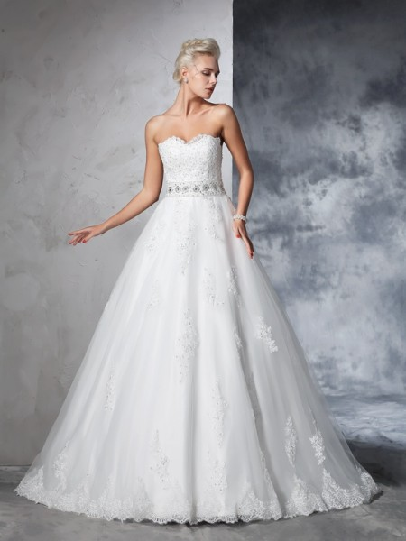 Ball Gown Sweetheart Net Applique Chapel Train Bride Gown