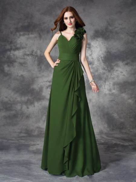 A-line/Princess V-neck Chiffon Bridesmaid Dress