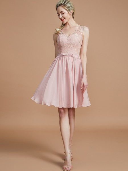 A-Line/Princess Lace Short/Mini Chiffon Bridesmaid Dresses