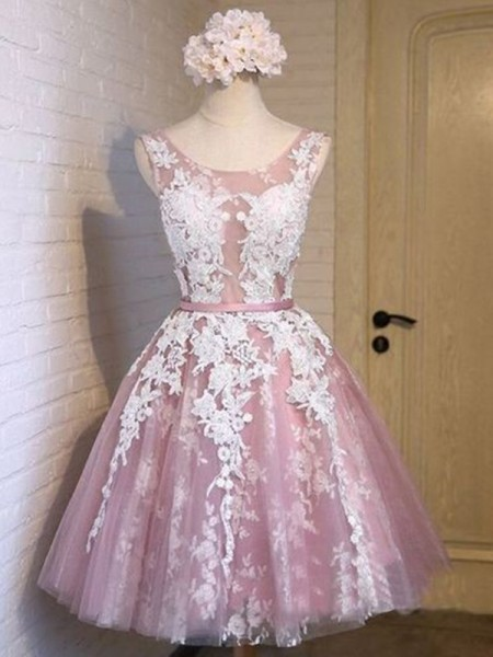 A-Line/Princess Sleeveless Scoop Tulle Applique Short/Mini Gown