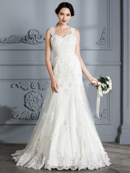 Trumpet/Mermaid Lace Sweetheart Court Train Wedding Dress