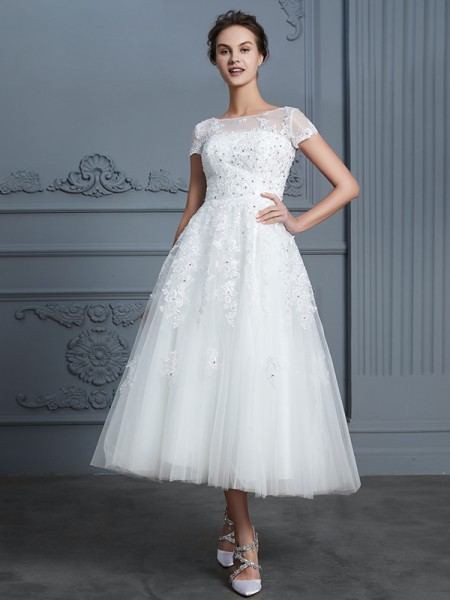 A-Line/Princess Scoop Tea-Length Tulle Wedding Dress