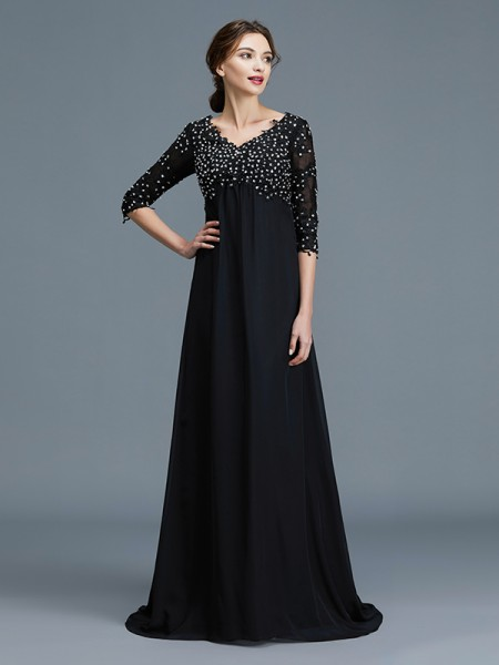 A-Line/Princess Chiffon V-neck Floor-Length Mother of the Bride Dress