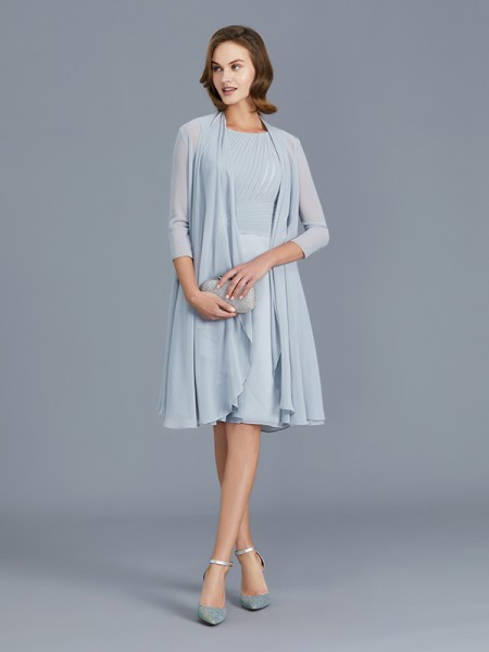 A-Line/Princess Scoop Chiffon Knee-Length Ruffles Mother of the Bride Dress