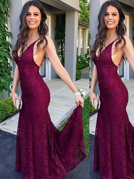 Trumpet/Mermaid V-neck Sleeveless Sweep/Brush Train Lace Dress