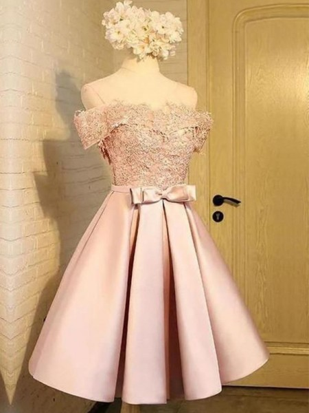 A-Line/Princess Satin Applique Off-the-Shoulder Sleeveless Short/Mini Dress