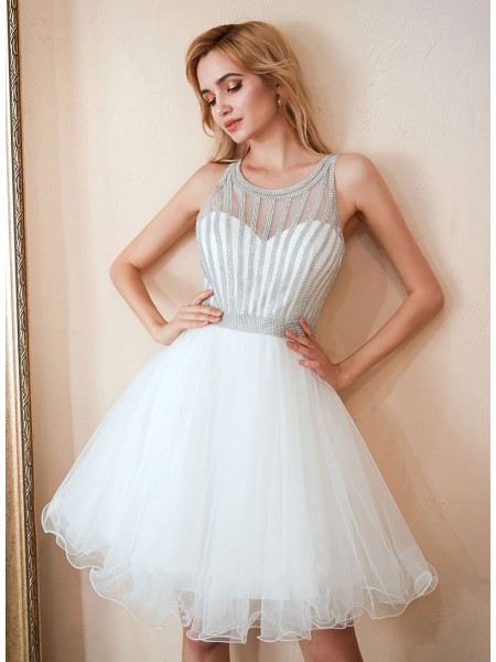A-Line/Princess Tulle Beading Scoop Sleeveless Short/Mini Dress