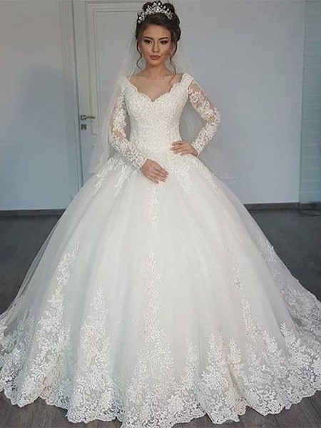 Ball Gown Court Train V-neck Tulle Wedding Dress