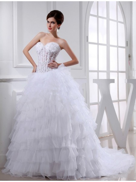 Ball Gown Sweetheart Applique Organza Wedding Dress