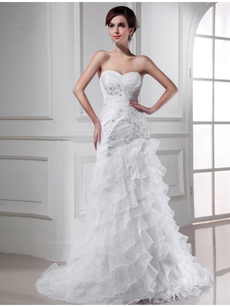 Trumpet/Mermaid Sweetheart Applique Organza Wedding Dress