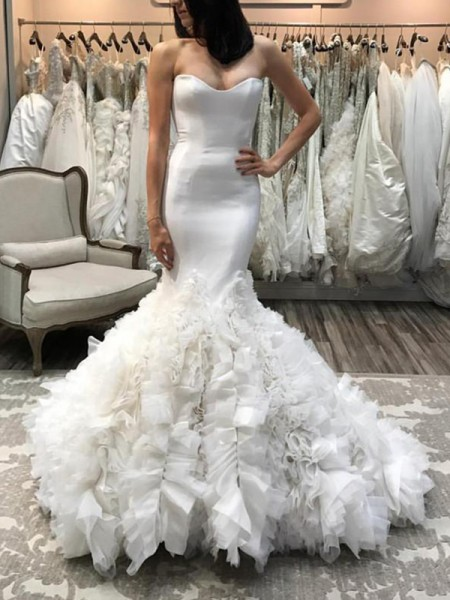 Trumpet/Mermaid Sweetheart Sleeveless Court Train Organza Wedding Dresses