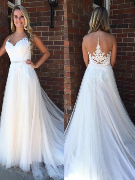 A-Line/Princess Sleeveless Scoop Applique Court Train Tulle Wedding Dresses