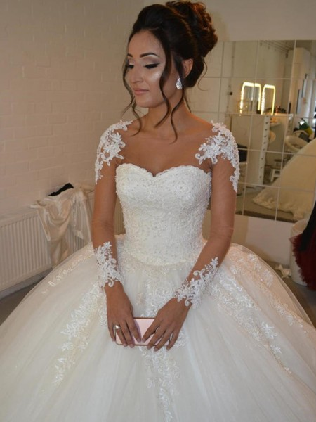 Ball Gown Tulle Long Sleeves Applique Scoop Court Train Wedding Dresses