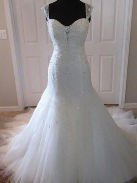Trumpet/Mermaid Sleeveless Tulle Beading Sweetheart Court Train Wedding Dresses