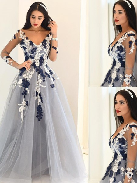 Princess V-Neck Long Sleeves Applique Tulle Floor-Length Evening Dresses